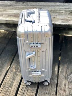 """20"""" Aluminum Frame Waterproof Carry On Silver Luggage Case"""
