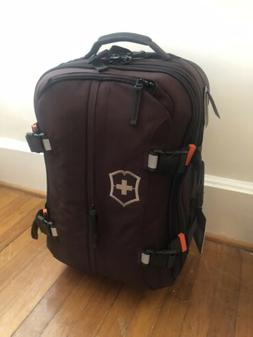 "Victorinox CH-97 2.0 CH 22"" Carry On Luggage With Wheels"