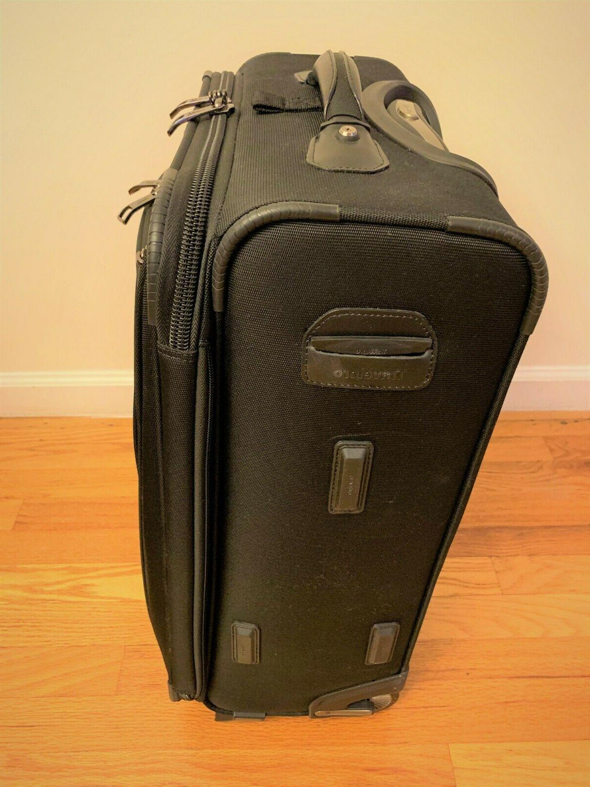"""Brand Crew 22"""" Rollaboard Carry-on"""