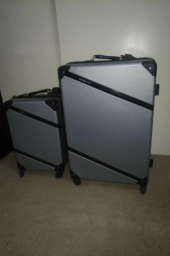 harddside luggage spinner set silver carry on