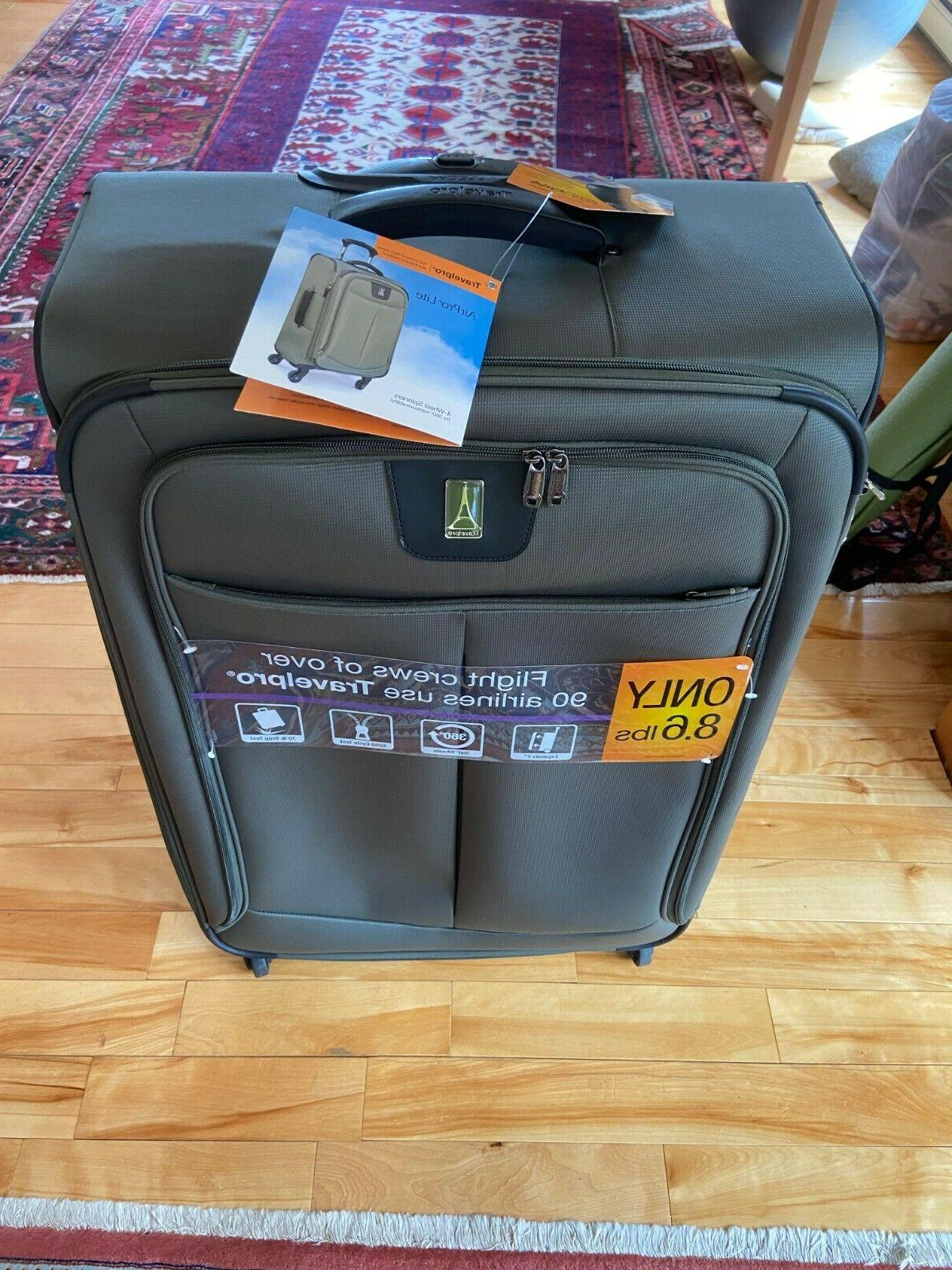 """New Travelpro 29"""" Spinner Luggage Softshell"""