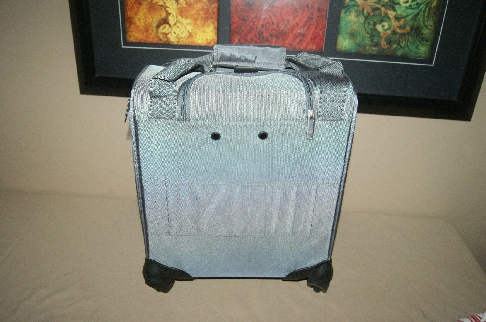 Samsonite Spinner Rolling Luggge with USB Grey