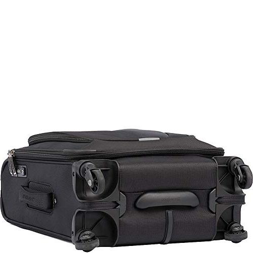 Travelpro 3 International Spinner, Black