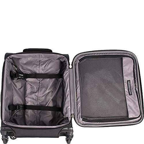 Travelpro Walkabout International Carry Spinner, Black