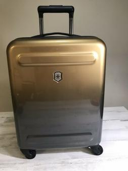 Victorinox Swiss Army Etherius Gradient Global Carry On Bron