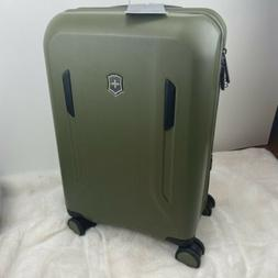 "VICTORINOX VX AVENUE 21"" LIGHTWEIGHT HARDSIDE SPINNER SUITCA"