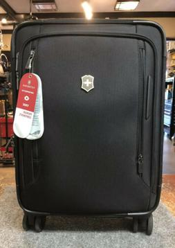 VICTORINOX VX AVENUE FREQUENT FLYER CARRY ON SPINNER CASE -